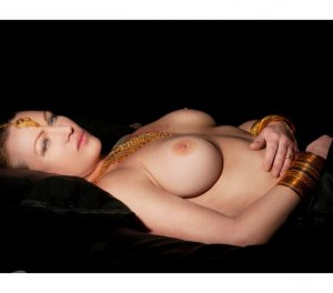Mayane massage escorts Indio, CA
